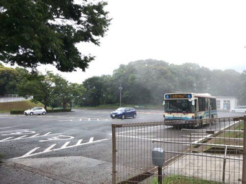 展海峰のバス停