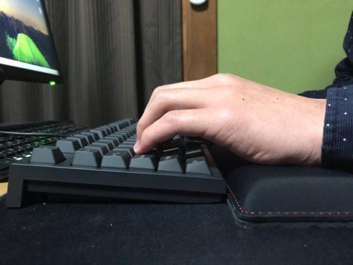 Realforceを打つ時の手首の状態